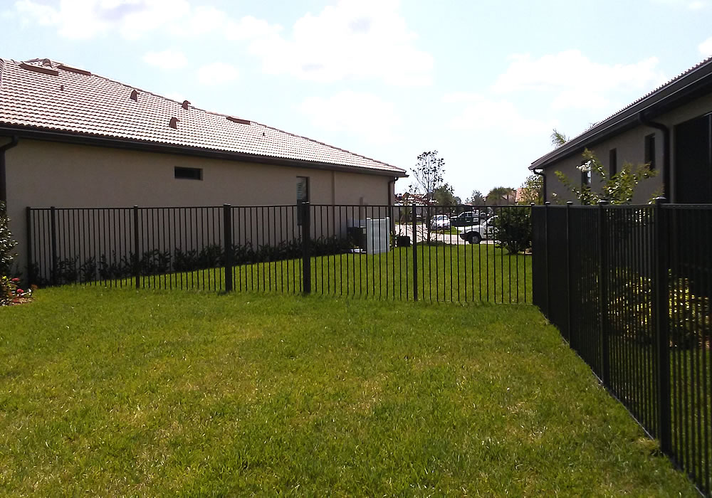 Aluminum Fence Installation Aaa Quality Fence
