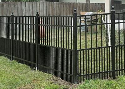 aaaqualityfencefla.com-landing-aluminum-fence